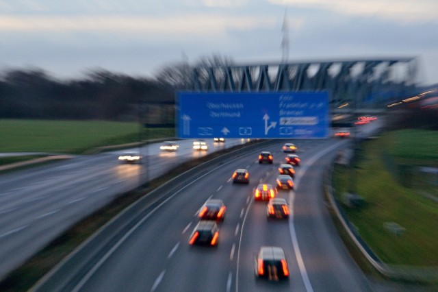 Autobahn, Kamener Kreuz, Rush Hour (photo by Dirk Vorderstraße)