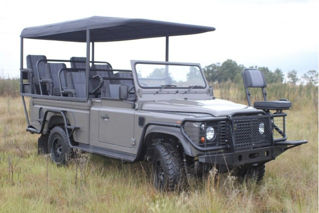 Land Rover Greens Up Savannah Safaris With All Electric Defender