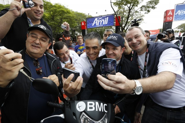 Barrichello was mobbed at the track - LAT/INDYCAR photo