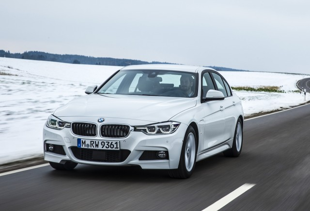 2017 BMW 330e i Performance