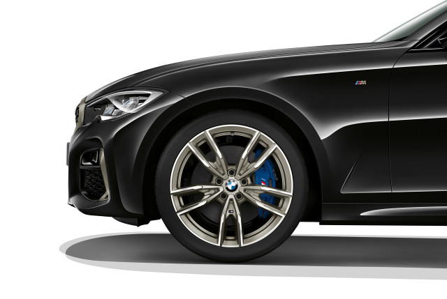 BMW reveals 374hp M340i ahead of LA show