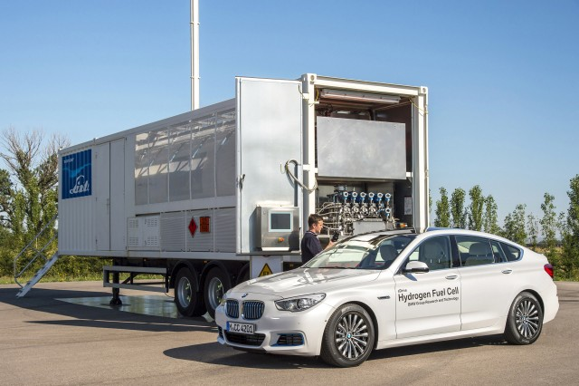 BMW 5-Series Gran Turismo hydrogen fuel cell concept