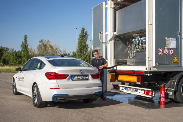 BMW 5-Series Gran Turismo hydrogen fuel cell concept