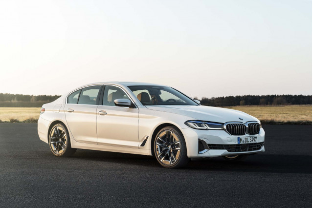 2021 BMW 5-Series unveiled, 2021 E-Class coupe refreshed, 2021 BMW 530e PHEV review: What's New @ The Car Connection