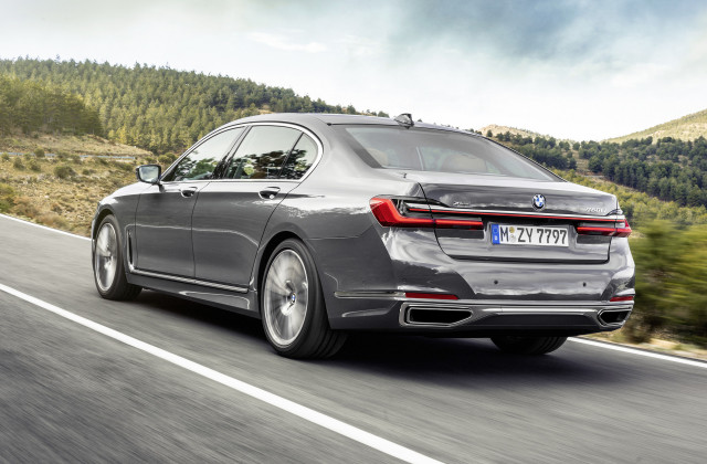 2020 Bmw 7 Series Revealed Giant Grille For Luxury Sedan