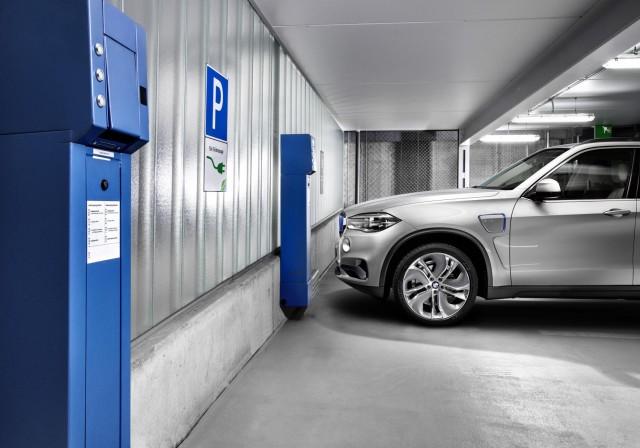 BMW Concept X5 eDrive, 2014 New York Auto Show