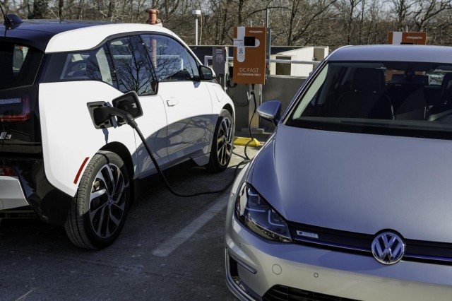 BMW i3 and Volkswagen e-Golf electric cars using Combined Charging System (CCS) DC fast charging