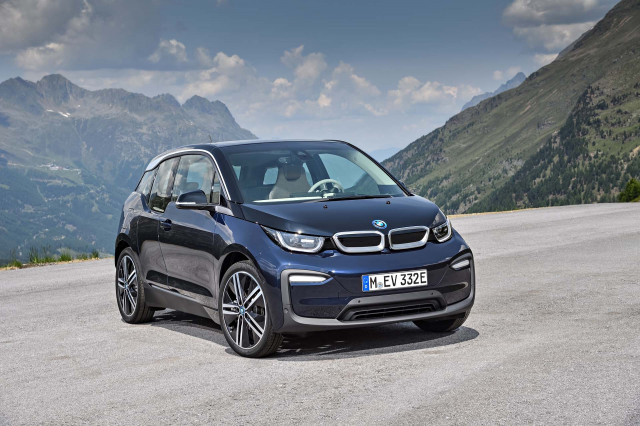BMW electric vehicles hit 100000 mark