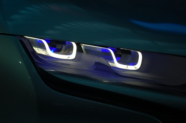 BMW Now Developing Production Laser Headlight Tech - Car light show