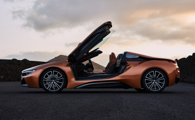 Bmw I8 Roadster Priced At 164 295 Will Be Most Expensive Bimmer