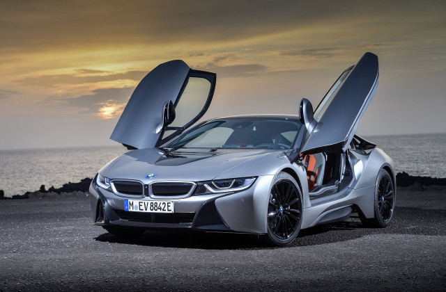 Bmw Wants A Hybrid Supercar And A Redesigned I8 Might Be The Ticket