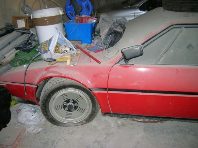 BMW M1 garage find