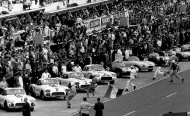 Briggs Cunningham Chevrolet Corvettes at the 1960 24 Hours of Le Mans