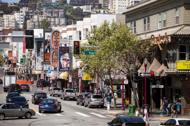 Broadway in San Francisco (Matt Dayka/For Motor Authority)
