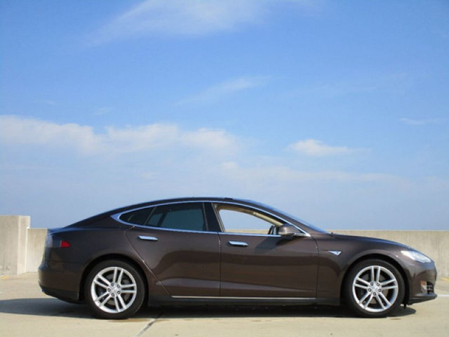 Brown 2013 Tesla Model S60 listed on Autotrader, Aug 2018, for $37,975