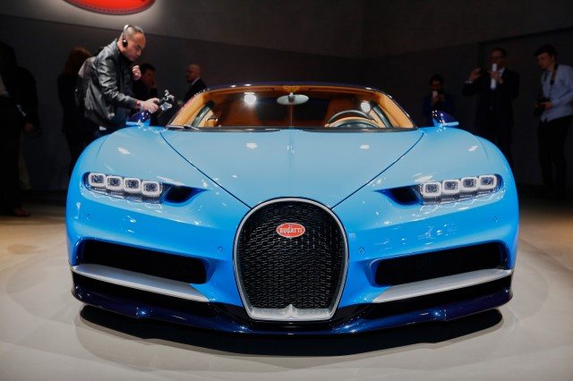 Bugatti Chiron Revealed 1 480 Hp And 0 62 Mph In Under 2 5 Seconds
