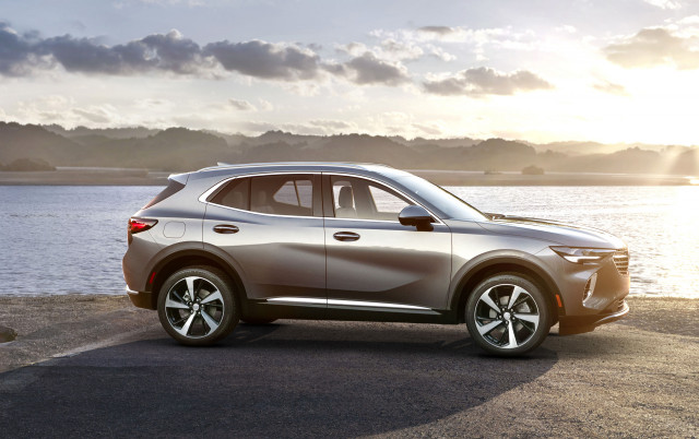 2021 Buick Envision tested, 2021 Cadillac Escalade revisited, Outlander PHEV gets a boost: What's New @ The Car Connection