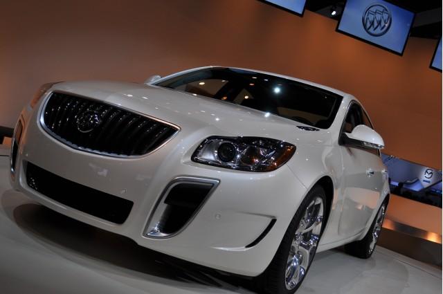 2012 Buick Regal GS Production Live Shots