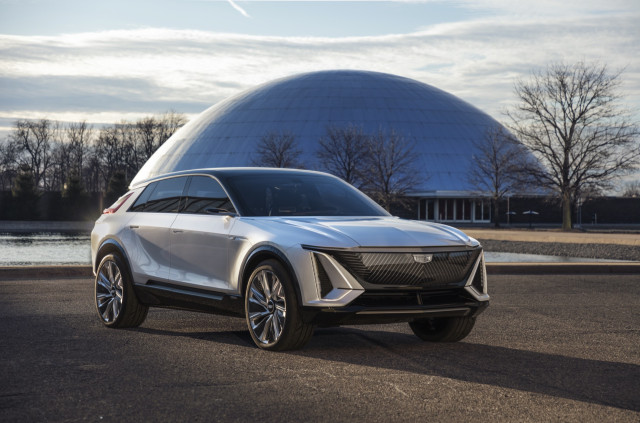 Cadillac launches pretty Lyriq EV, a clean-sheet, 300-mile luxury SUV