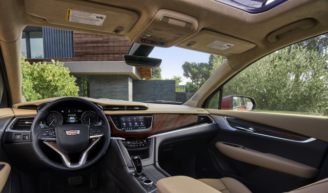 2022 Cadillac XT6