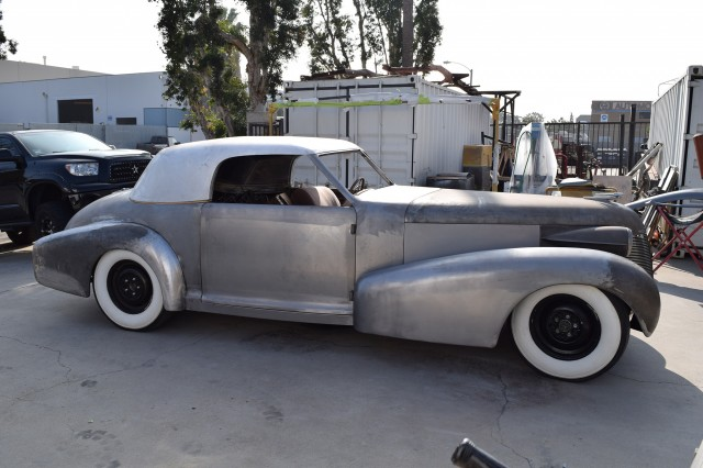 Chip Foose building the 1939 Cadillac Madam X Coupe