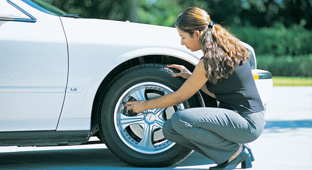 Half Of U S Drivers Don T Recognize Tire Pressure Warning