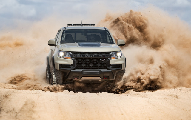 2021 Chevrolet Colorado mid-size truck updated with a heavy-duty look