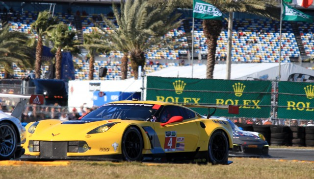 Chevrolet Corvette C7.R makes racing debut, 2014 Rolex 24 at Daytona