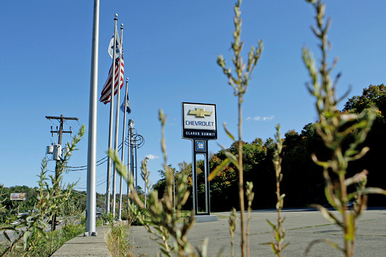 NADA Brokering Deal To Reinstate Some Chrysler, GM Dealers