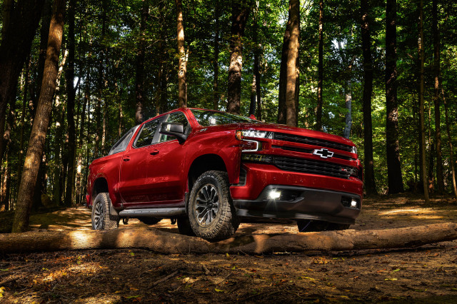 2019 Chevy Silverado RST Off-Road concept