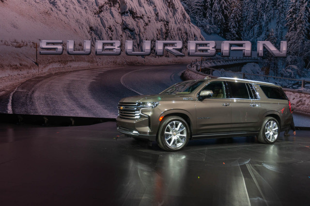Redesigned 2021 Chevrolet Tahoe and Suburban gain size, screens