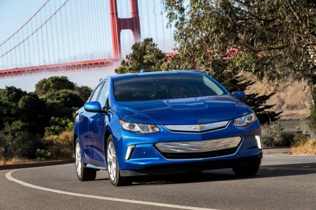2017 Chevrolet Volt Details Emerge More Features Same Price Updated