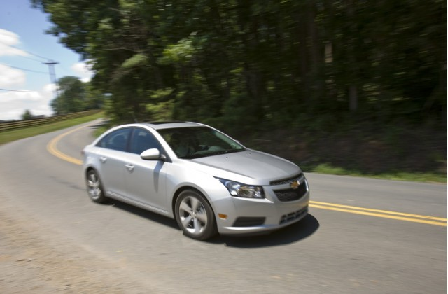 recall alert 2011 chevrolet cruze recalled over. Black Bedroom Furniture Sets. Home Design Ideas