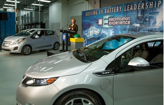 Chevy Volt and Spark EV with Sen. Debbie Stabenow as GM expands Global Battery Systems Lab, Sep 2013