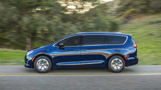 Chrysler Pacifica Hybrid recalled for stalling, fire risk