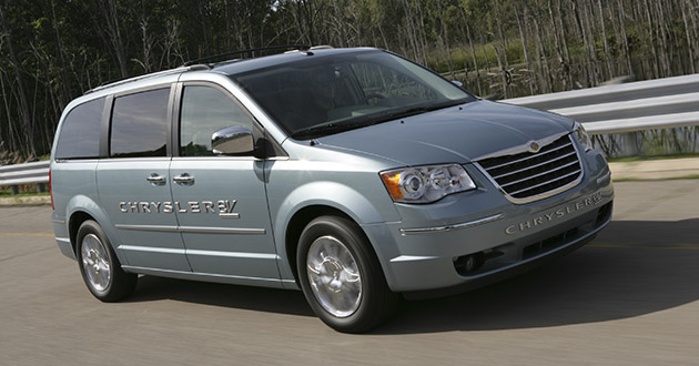 Chrysler Town Country Prototype Destined To Bring Evs The Mes