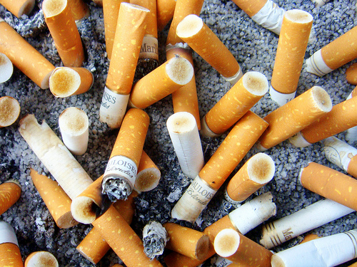 cigarettes, taken by Flickr user Schnella Schnyder