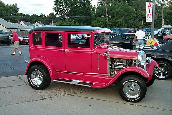 classic Little Red Riding street Rod