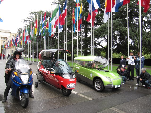 Competitors line up for the Zero Race in Geneva