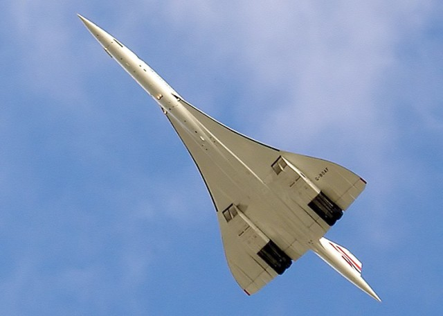 Concorde (photo by Arpingstone, via Wikimedia Commons)