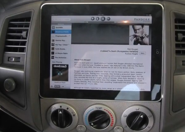 Video: Apple iPad Installed In Toyota Tacoma Dashboard