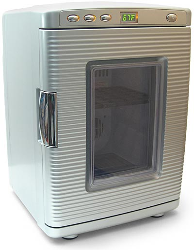 Deluxe mini-fridge and warmer