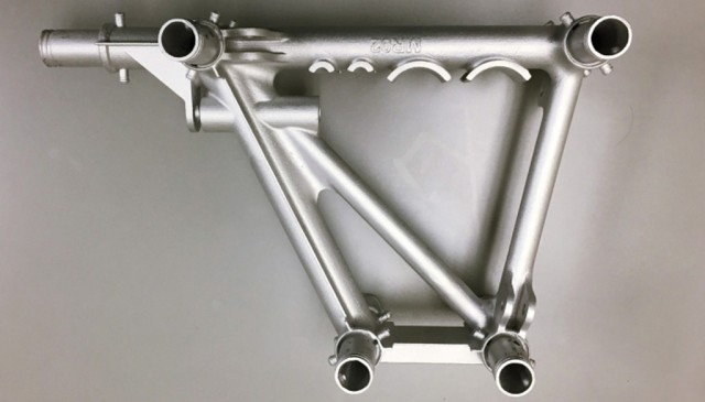 Divergent 3D-printed metal parts