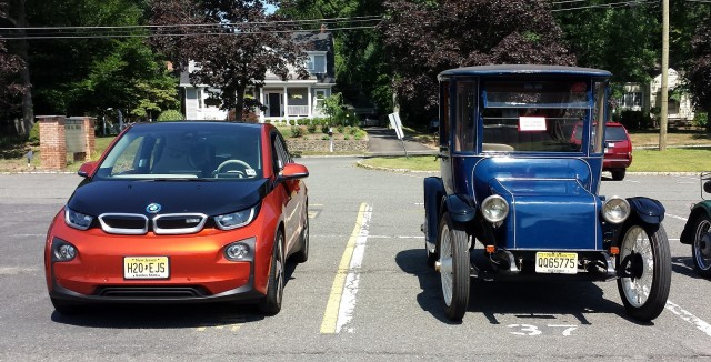 Donald Davidson's 1917 Detroit Electric Model 68 with Chris Neff's 2014 BMW i3 REx