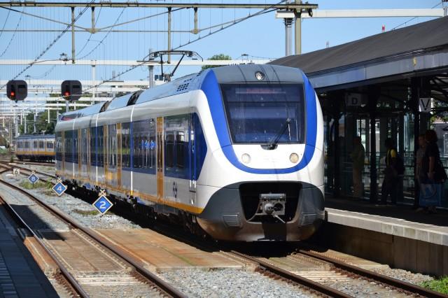 Dutch NS Sprinter electric train by Flickr user Alfenaar (Used under CC License)