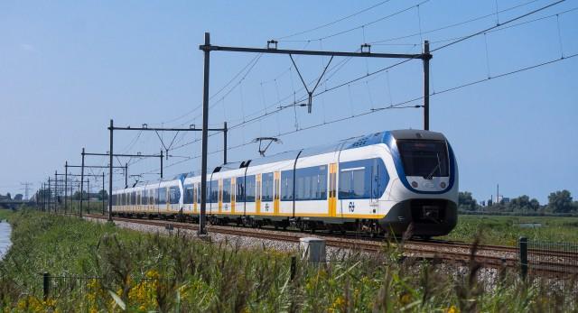 Dutch NS Sprinter electric train by Flickr user kismihok (Used under CC License)