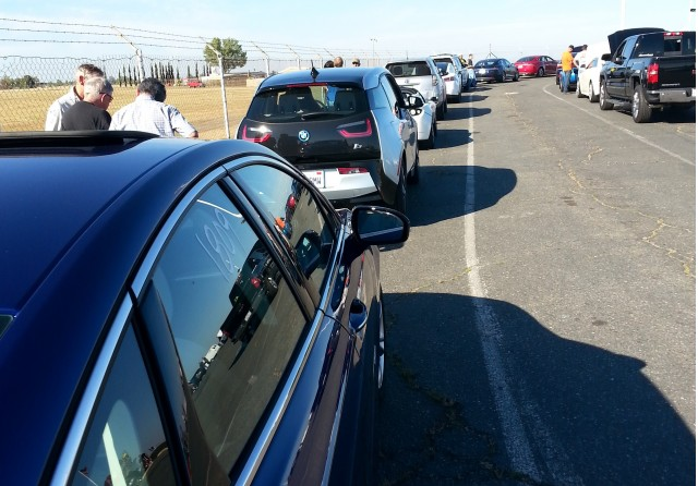 Electric cars at Sacramento Raceway open drag-strip day, Jun 2015 [photo: Michelle Thomas]