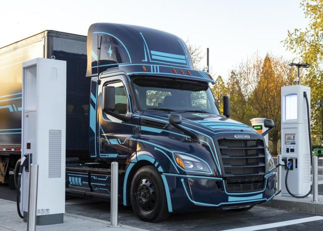 Electric Island - Daimler Trucks North America and PGE - Portland OR