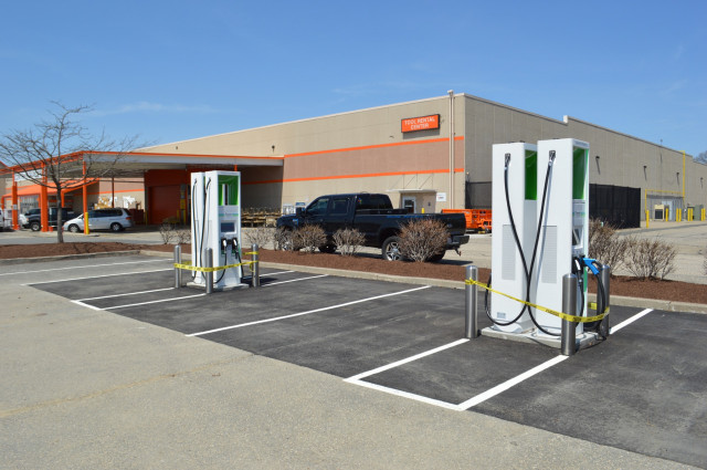Electrify America 350 kw chargers at Home Depot in Chicopee, Mass.