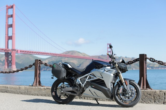 Energica Eva at Golden Gate Bridge on California 1 tour from LA to San Francisco